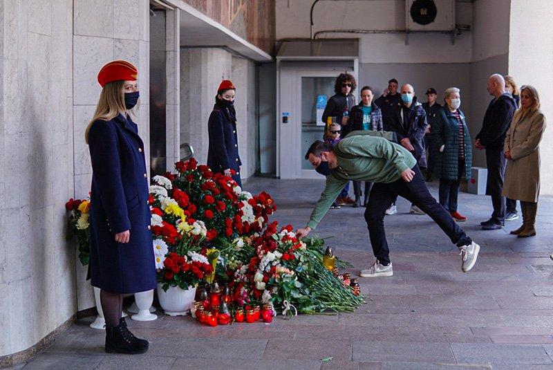 Память 15 погибших в Минском метрополитене почтили сегодня на месте трагедии
