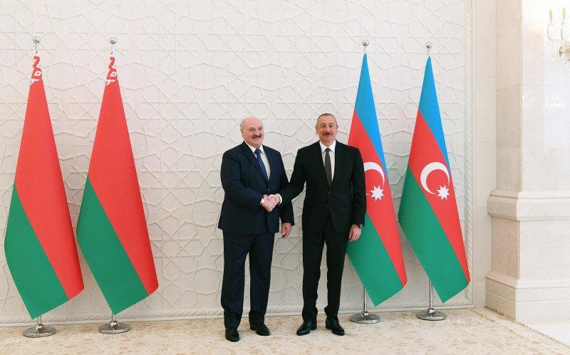 Лукашенко на встрече с Ильхамом Алиевым предложил расширить сотрудничество в нефтяном сегменте