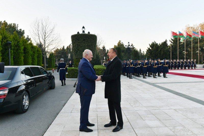 Эксперты оценивают итоги визит Александра Лукашенко в Баку