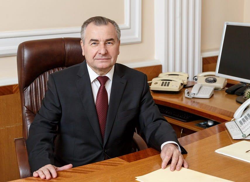 Конституционный суд предложил ограничить законодательную функцию президента