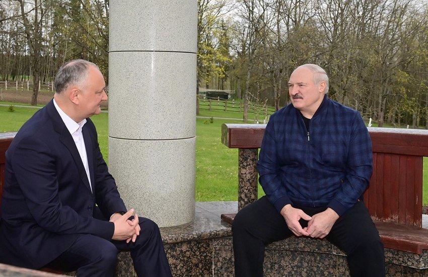 5 мая Александр Лукашенко пригласил Игоря Додона на неофициальную встречу