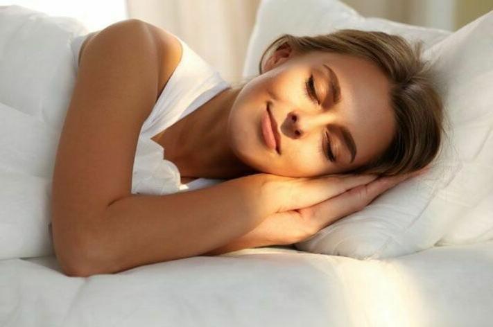 Доктор Мясников рассказал о важности сна для очищения мозга
