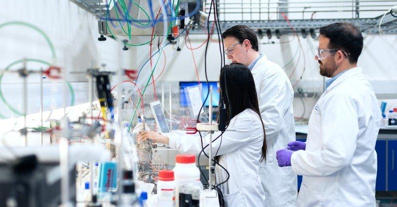 Американские ученые объявили о создании вакцины от всех штаммов SARS-CoV-2