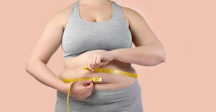 Исследования показали, что лишний вес повышает риск осложнений после COVID-19