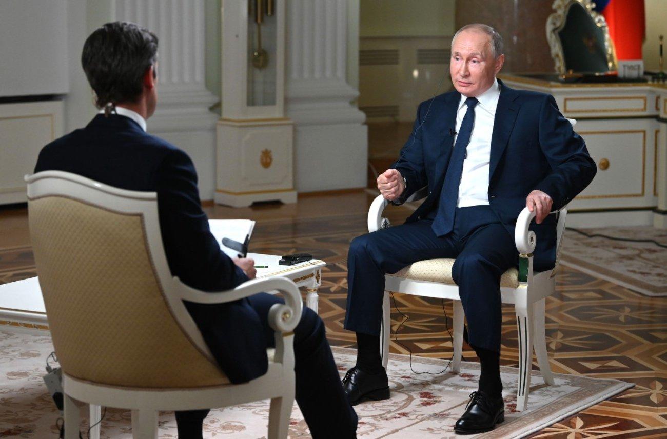 Путин заявил, что не знал о намерении белорусских властей посадить самолет Ryanair