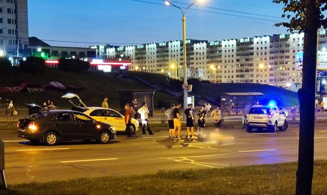 На проспекте Пушкина в Минске автомобилист жестко сбил двух женщин