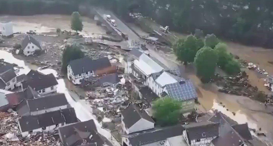 Количество жертв наводнений в Германии увеличилось до 133 человек