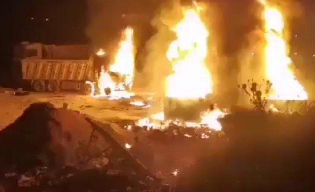 По меньшей мере 20 человек и 79 получили ранения при взрыве бензовоза в Ливане