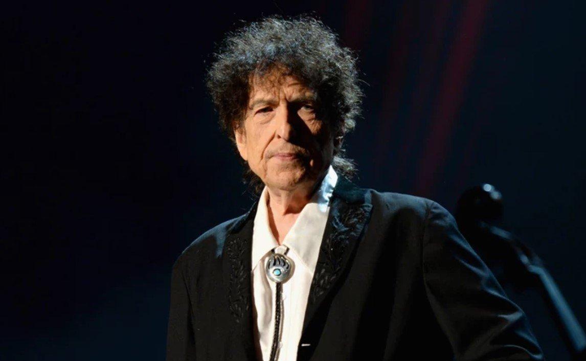 Американского певца Боба Дилана обвинили в изнасиловании 12-летней девочки 56 лет назад