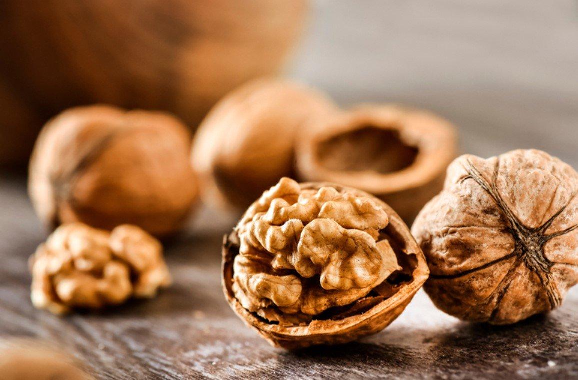 Британские ученые назвали целебные свойства грецких орехов