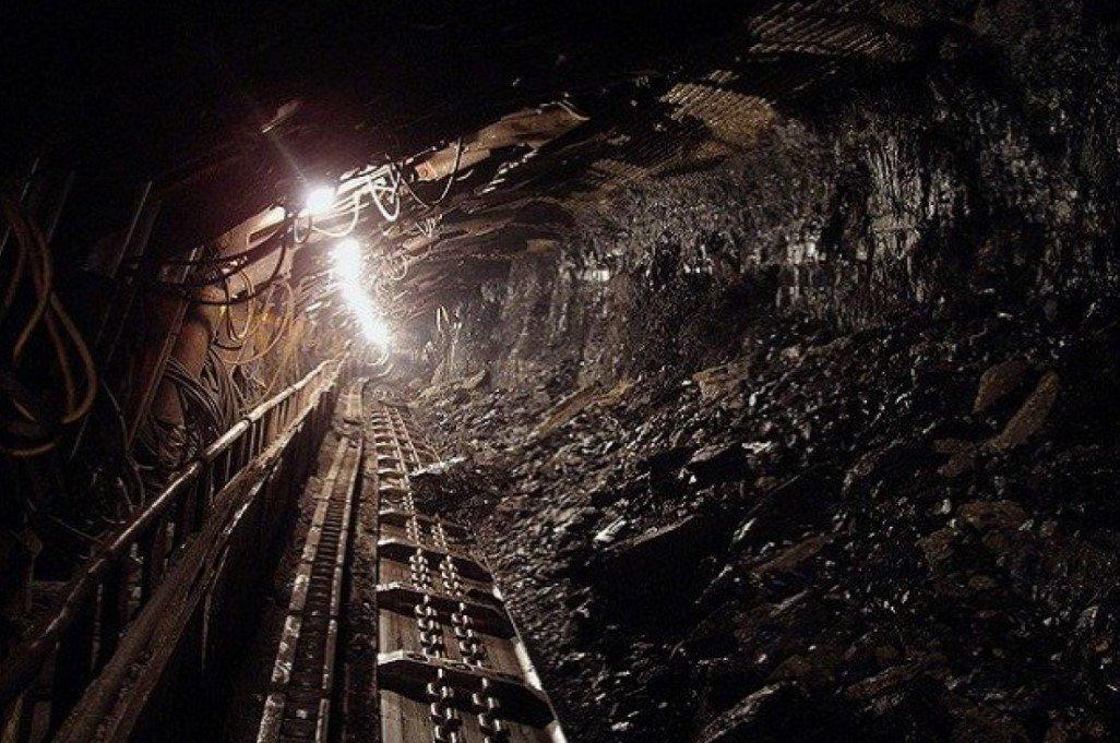 Девять человек погибли в результате обрыва каната в шахте ЛНР