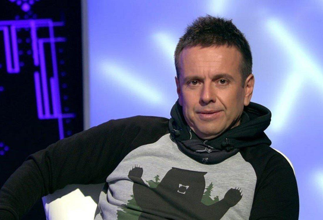 Тяжелобольной певец Андрей Губин вернулся в Россию после лечения в Египте