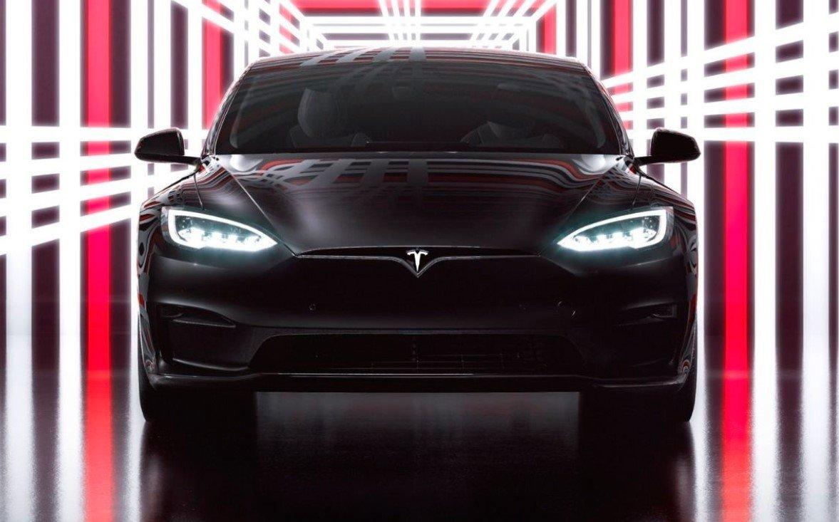 Как Tesla меняет автомобильную промышленность